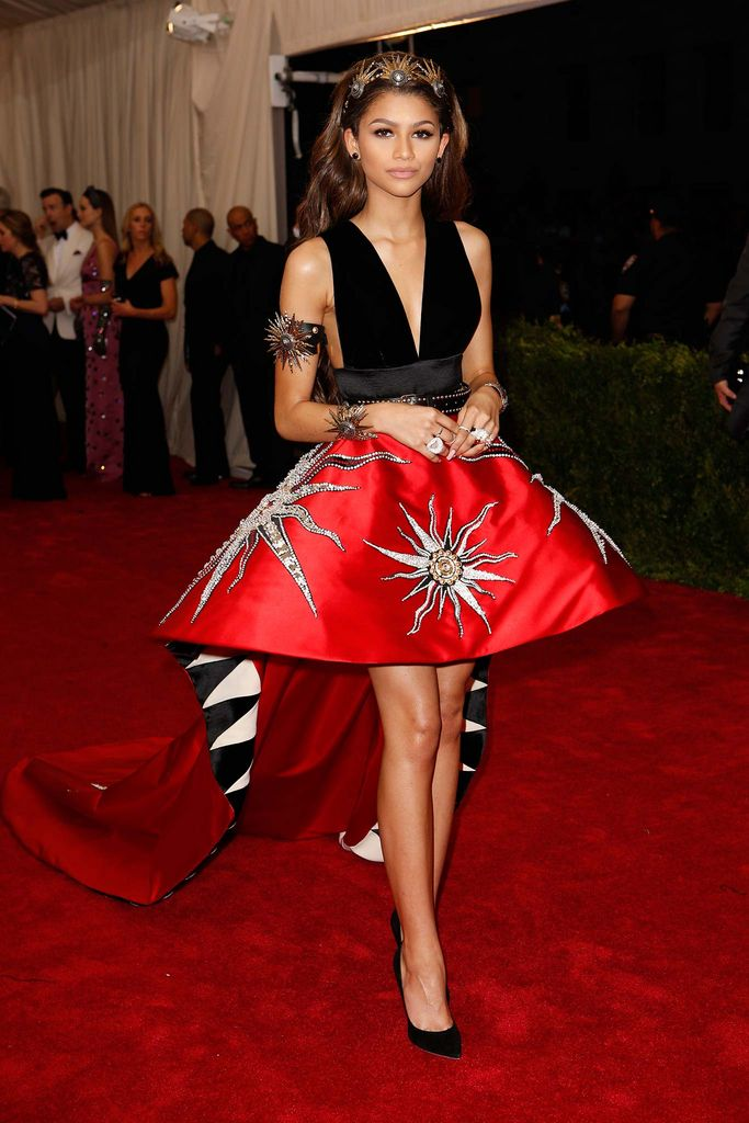 Met Gala 2015: Stars Turned Up the Glam With These Major Trends