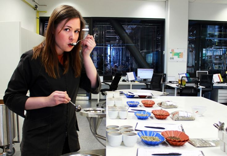 Anna Alasoini, Laadunvarmistaja Suomessa | Paulig.fi