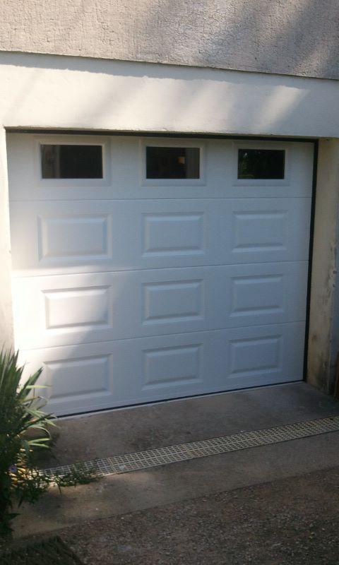 17 meilleures id es propos de porte de garage sectionnelle sur pinterest porte sectionnelle. Black Bedroom Furniture Sets. Home Design Ideas