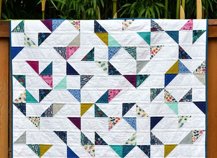 tutorial: lagoon half square triangle quilt