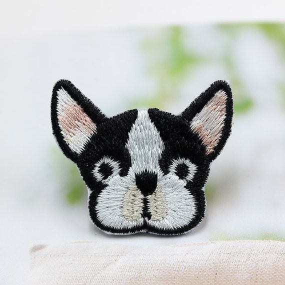 Lindo perro Bulldog Francés parche bordado de dibujos animados de animales coser…