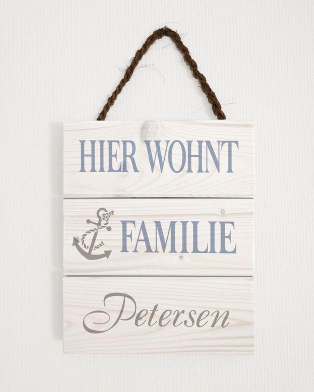 Maritimes Türschild aus Holz, Familien Schild, Anker / maritime wooden door plate with anchor, family sciene made by Herzensprojekt - Handgefertigte Holzschilder via DaWanda.com
