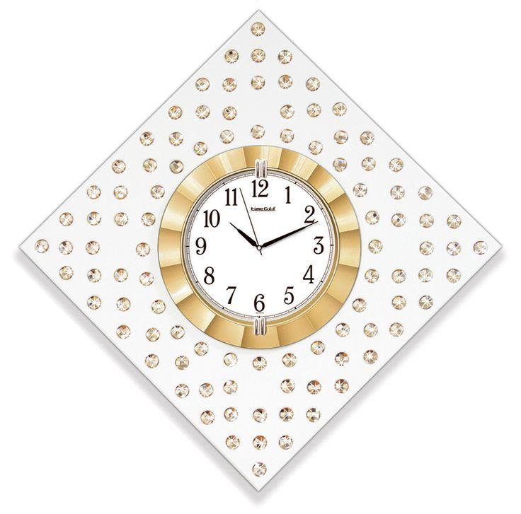 Altın Renk  Dekoratif Taşlı Duvar Saati  Ürün Bilgisi ;  Ürün maddesi : MDF & Plastik Gövde ve Gerçek Cam Kullanılmıştır  Ebat : 55 cm x 55 cm  Büyük boy Mekanizması : Akar saniye, sessiz çalışır Taşlarla süslenmiş Garanti : Saat motoru 5 yıl garantili Altın Renk  Dekoratif Taşlı Duvar Saati Üretim  : Yerli üretim Kullanım ömrü uzundur Kalem pil ile çalışmakta Ürün fotoğrafta görüldüğü gibi olup orjinal paketindedir Sevdiklerinize hediye olarak gönderebilirsiniz