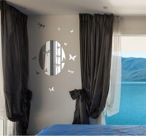 Oválné akrylové zrcadlo s motýly
