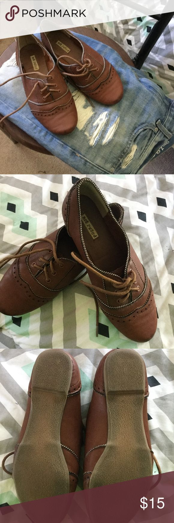 Not Rated Loafer Size 6! Beautiful brown size 6 loafer light weight great for fall! Not Rated is the brand. Great detail in shoe! Worn a few times pictures show bottoms! Great piece for vintage outfits! :) Not Rated Shoes Flats & Loafers
