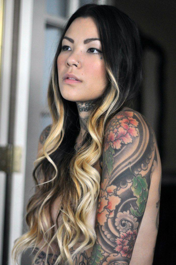 Pin von Tony Oliver auf ink   Tattoo girls, Tätowierte