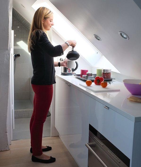 Jak urządzić naprawdę małe mieszkanie na poddaszu?