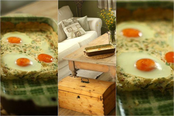 ... slaný koláč s vejci ...