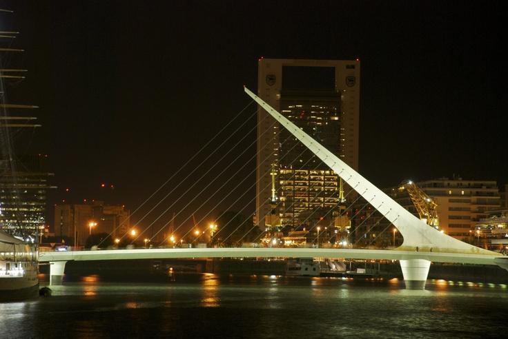 Buenos Aires, Puerto MAdero, Puente de la Mujer
