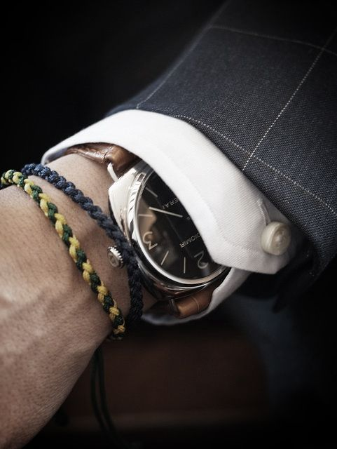 mini wrist party...not much into men's jewelry, but I do like this look