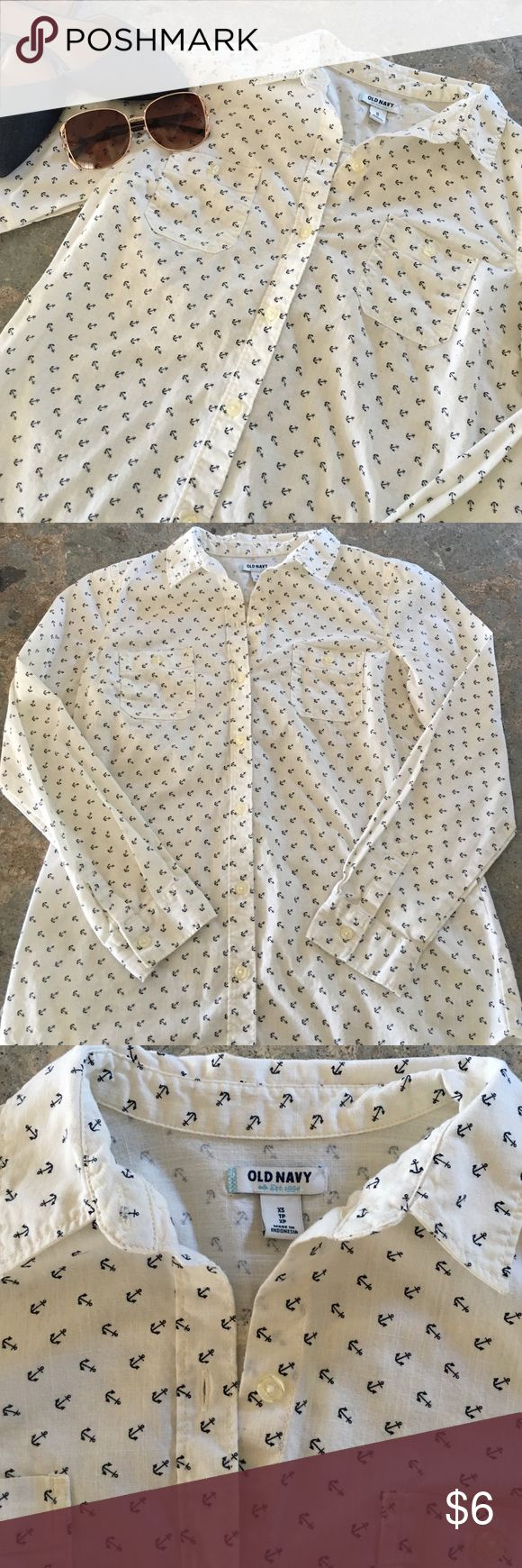 Old navy anchor print long sleeve In good condition! Offwhite color with black anchors throughout! Buttons going all the way down the front with 2 pockets at chest. Fabric is somewhat sheer. Old Navy Tops Button Down Shirts