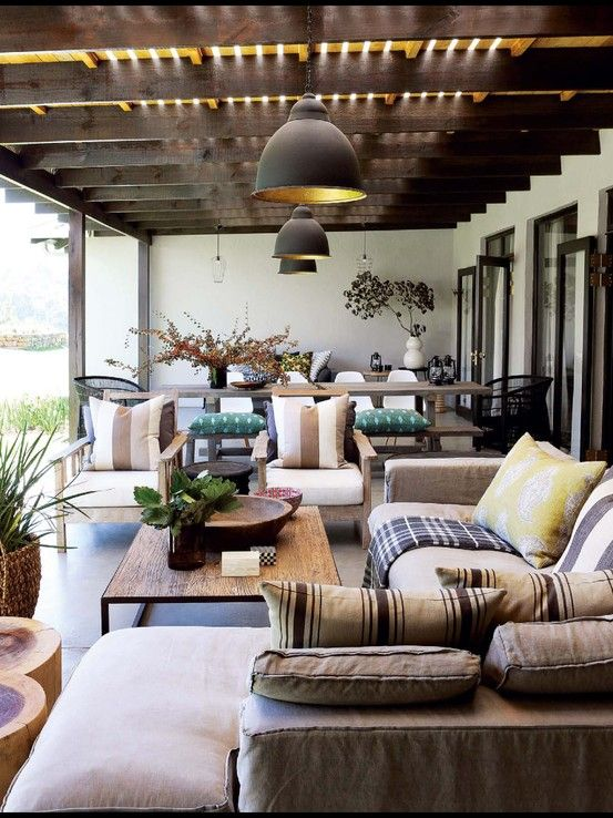 Architect Lisa Rorich  Interiors by Ruth Duke - farmhouse in Dargle Valley, KZN, South Africa