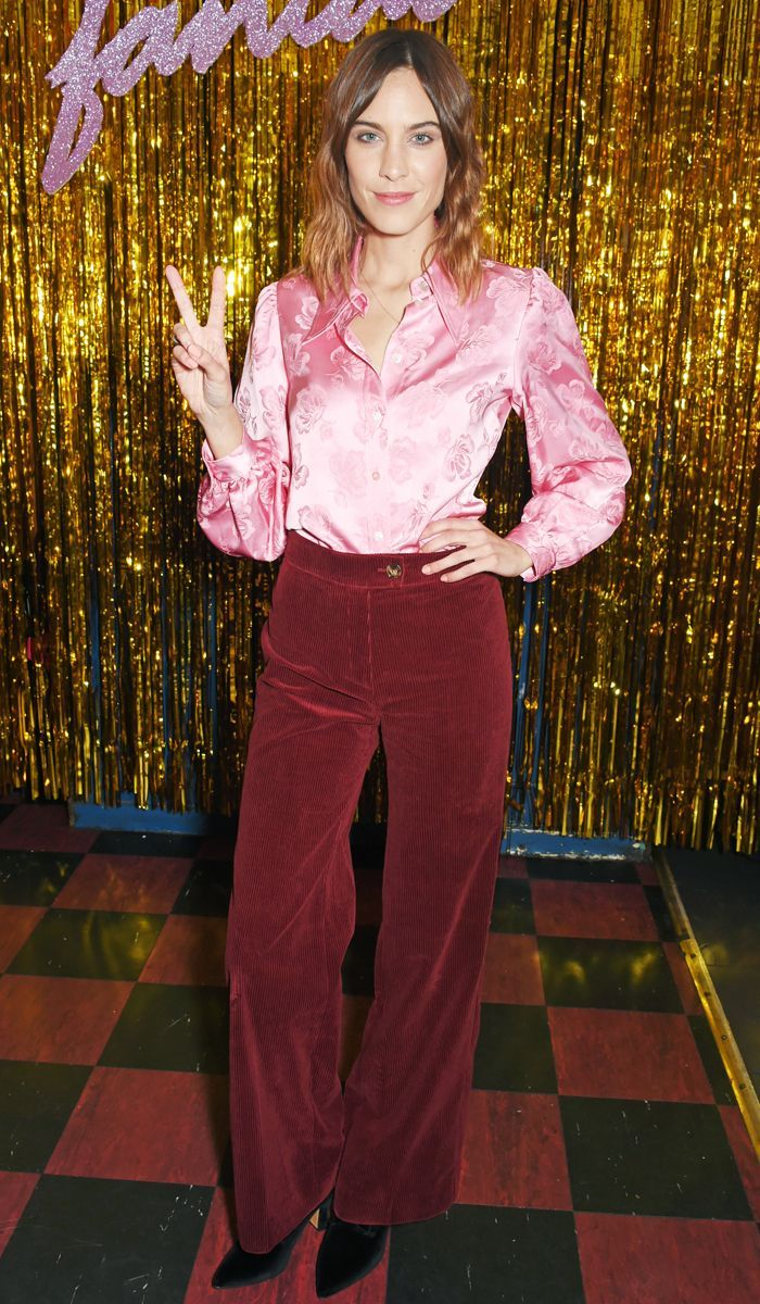This Alexa Chung Outfit Is So Wrong in Theory, But Somehow It Works | Who What Wear UK