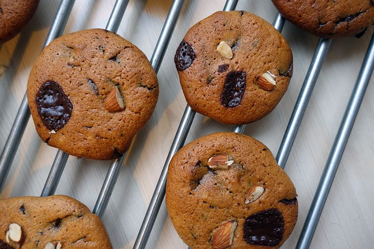 Cookies med mandelsmør (glutenfri og uden sukker)  |  Den Omvendte Verden