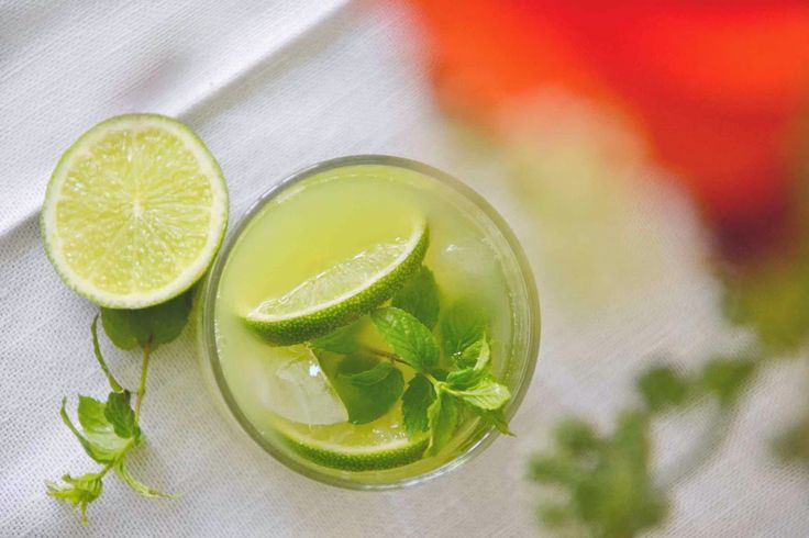 Okurkovo-mátová limonáda -- Cucumber Mint Lemonade