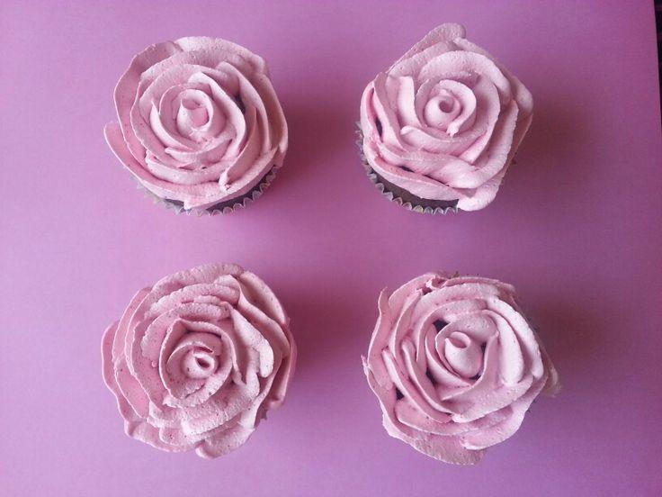 Rose frosting
