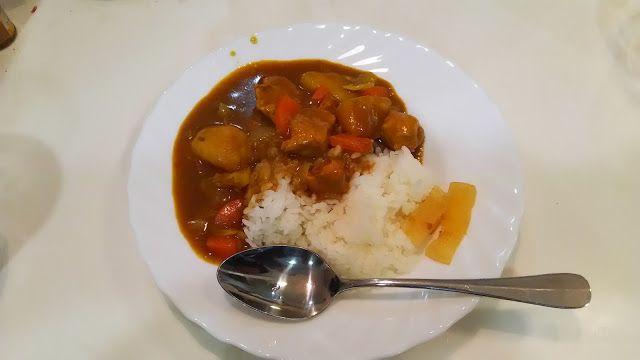 神田森莉 ハムブログ: カレー。昨日は小説を書いていたら時間が遅くなって大急ぎで夕食を作る。#朝食 #夕食 #昼食 #ランチ #グルメ #ディナー #食事 #料理 #食料 #食べ物 #ご飯 #Breakfast #dinner #lunch #gourmet #meal #Dish #food #rice #cook #cooking