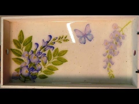 Cómo decorar una bandeja con decoupage y vidrio líquido