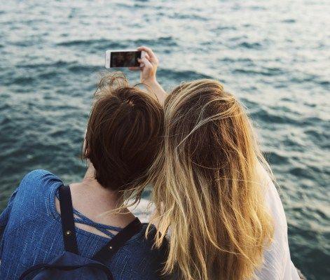Tus mejores selfies al instante con estas apps de fotografía