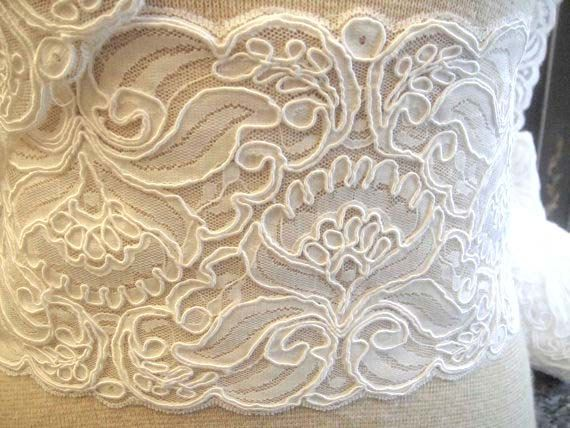 Alencon Bridal lace trim1012 by Threads2Trends on Etsy, $5.50