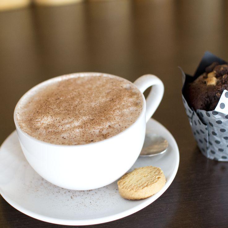 Hot chocolate and muffin, yum yum!