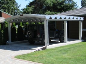 Metals home and metal carports on pinterest for Carport landscaping ideas