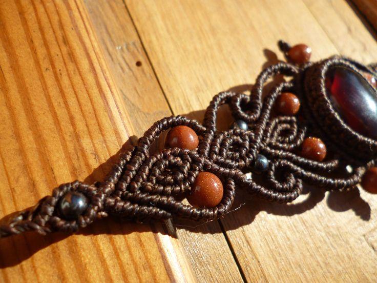 Bracelet macrame avec cornaline et aventurines, bracelet boheme, bracelet marron, bracelet hippie, macrame pierres semi precieuses. de la boutique BelisaMag sur Etsy