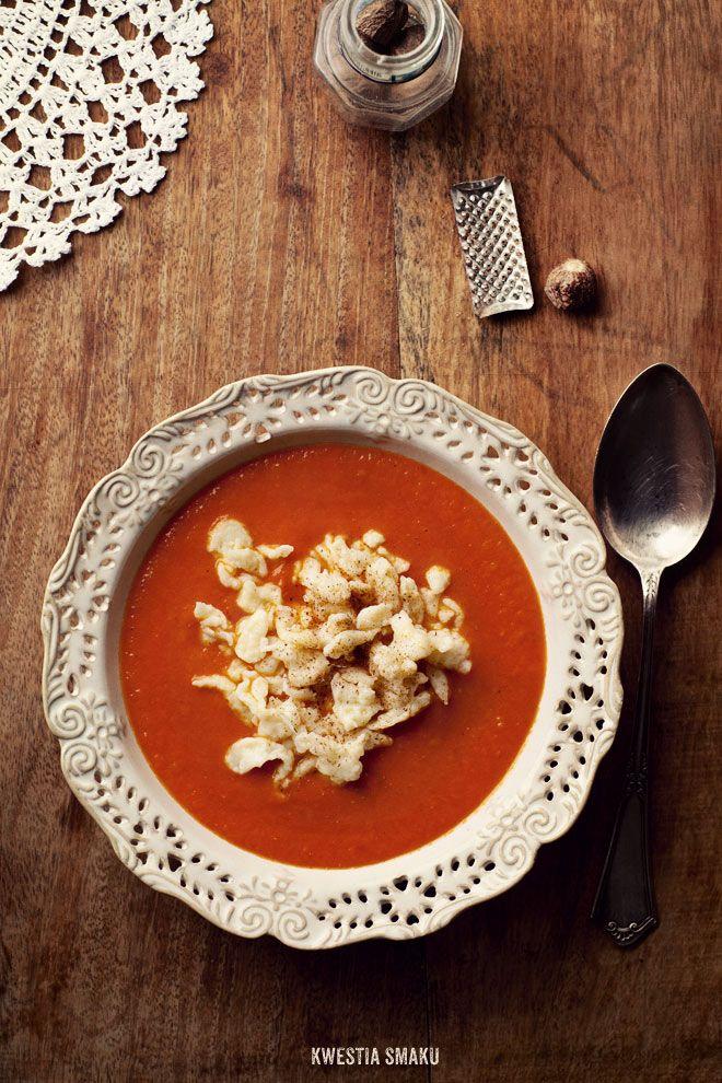 Pumpkin, tomato & baked garlic soup