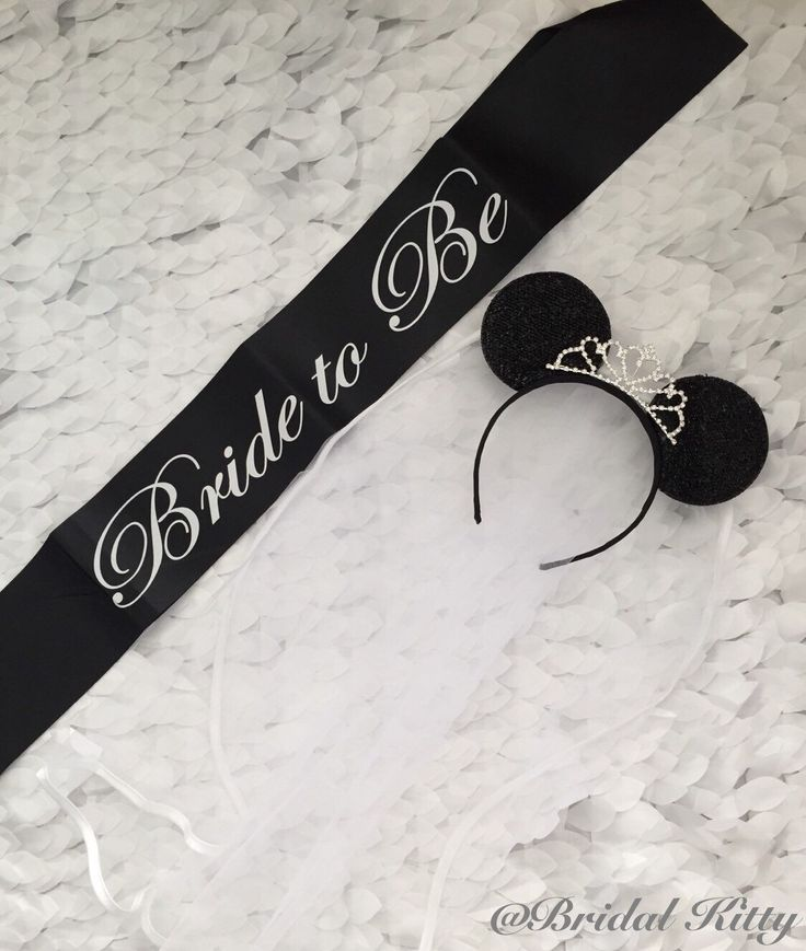 Disney Bachelorette Party Bridal Shower Minnie Mouse Ears Tiara Headband & Bride To Be Sash