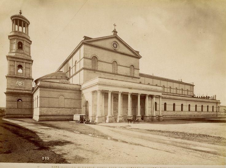 Roma, Basilica di S.Paolo Parte Nord Col Campanile Vintage Albumen Print Tirage albuminé 21x27 Circa 1870