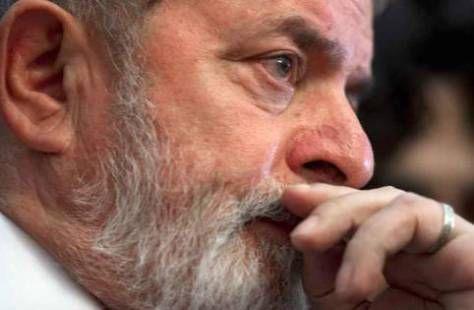 O executivo Rogério Santos de Araújo, da Odebrecht, explicou ao juiz Sérgio Moro como o ex-presidente Lula interferiu pessoalmente no pedido de propina para o PT durante as negociações para a const…