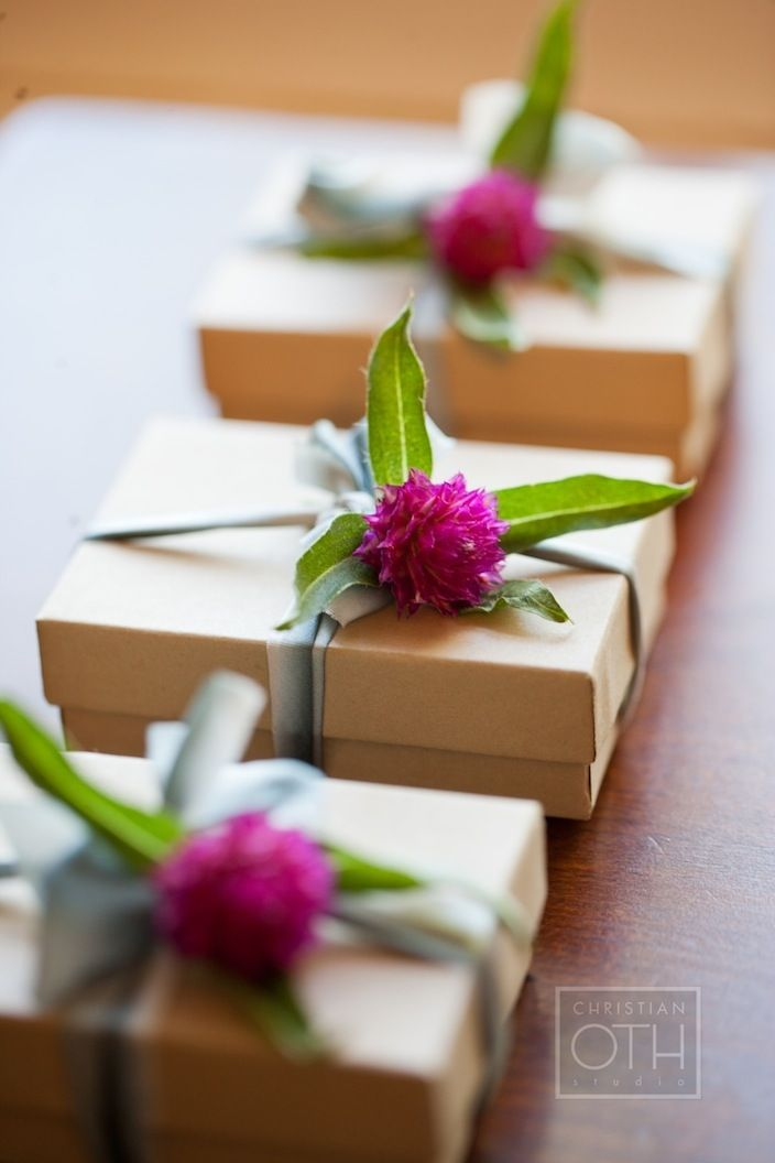 Add a fresh or faux flower to a simply wrapped gift box #giftwrap