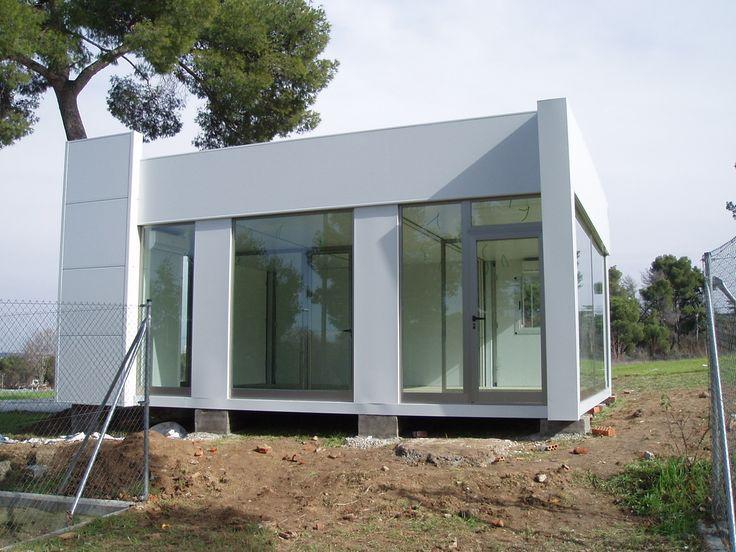 Ksetas, con teléfonos 91 025 97 93 y 902 430 944, es una empresa que se dedica al alquiler y venta de casetas de obras y contenedores en la Comunidad de Madrid.