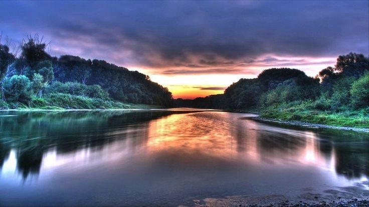 Река Амазонка. Еще в 2011 году по результатам всемирного конкурса была признана одним из семи природных чудес мира.