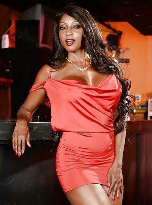 17 Best images about Diamond Jackson on Pinterest | Sexy