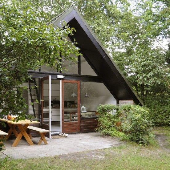 Catshuis aan Zee - huis in A-vorm