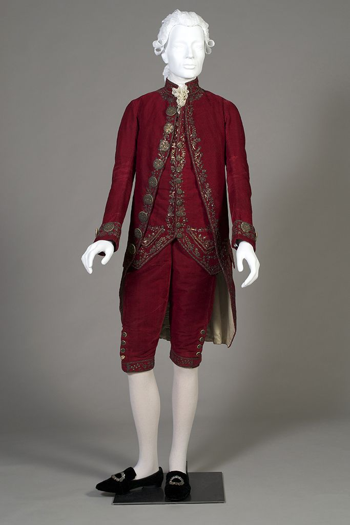 A Closer Look At An 18th Century Suit Patterns From The Past