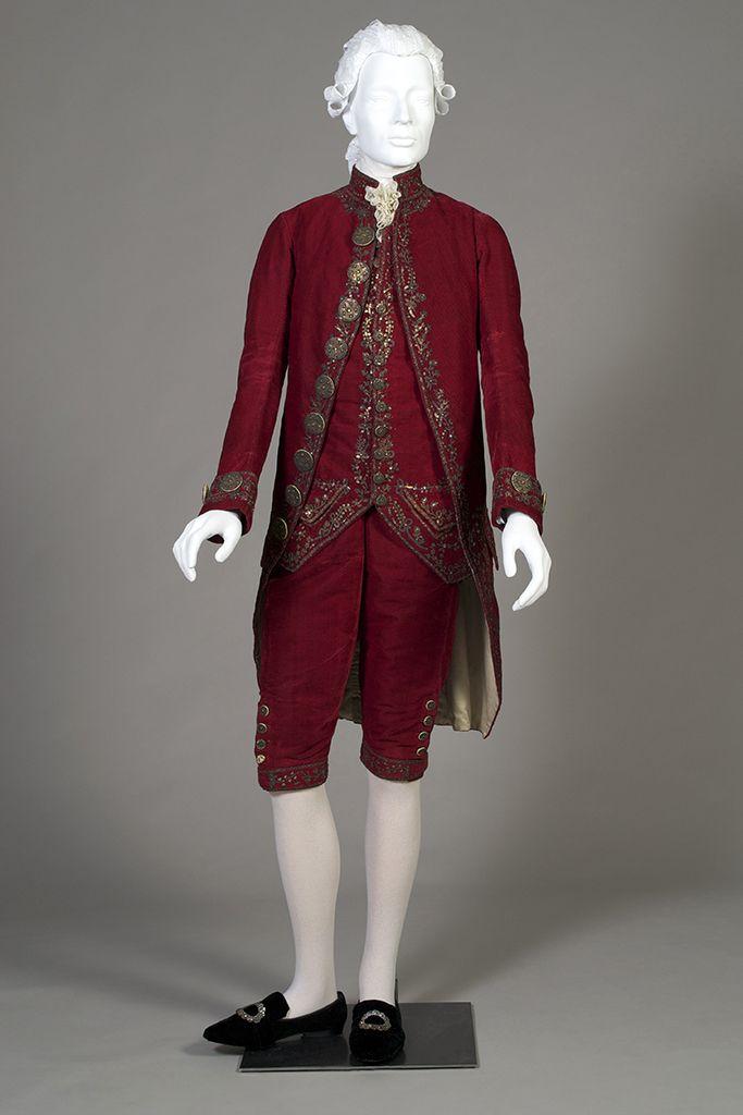 Pin by Ольга Буслаева on Aa.  Мужской исторический костюм. Mаn suit in 2019 | Fashion, 18th century costume, 18th century dress