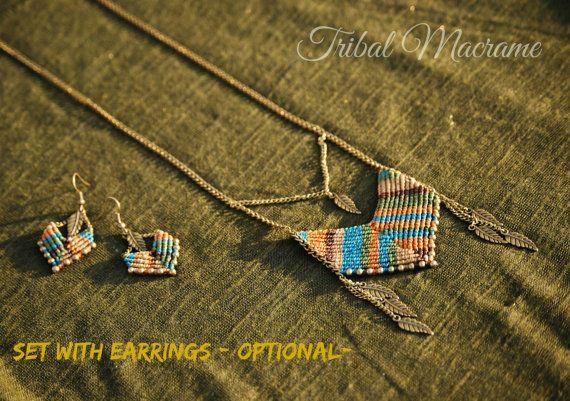 Collar estilo indio americano con macrame cadenas y plumas
