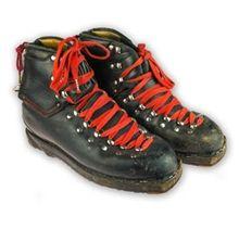 1960s Henke Pro Triple Lace Vintage Ski Boots