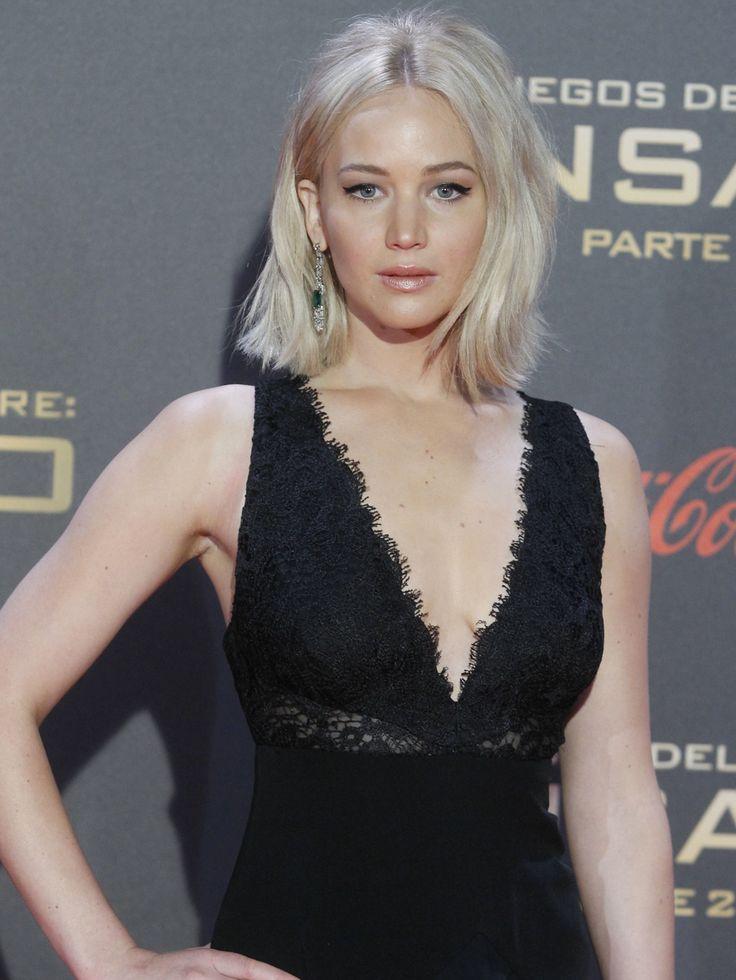 Jennifer Lawrence pyntet opp flettefrisyren med smykke