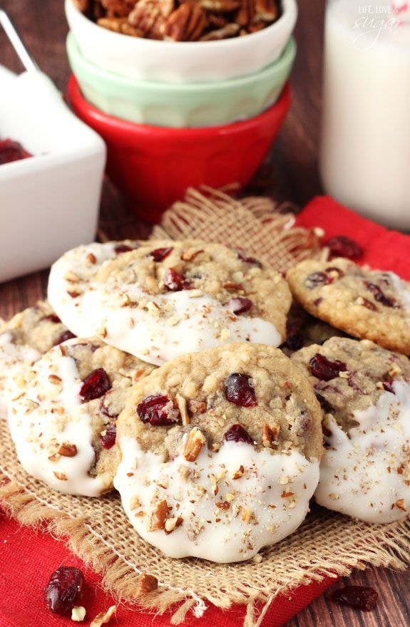 White Chocolate Dipped Cranberry Pecan Oatmeal Cookies - so good!