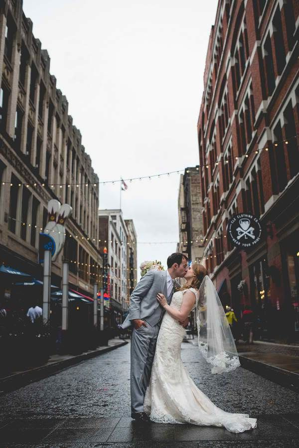 Wedding at The Arcade Photo |  Cleveland Wedding | Columbus Wedding Photographer, Brett Loves Elle Photography