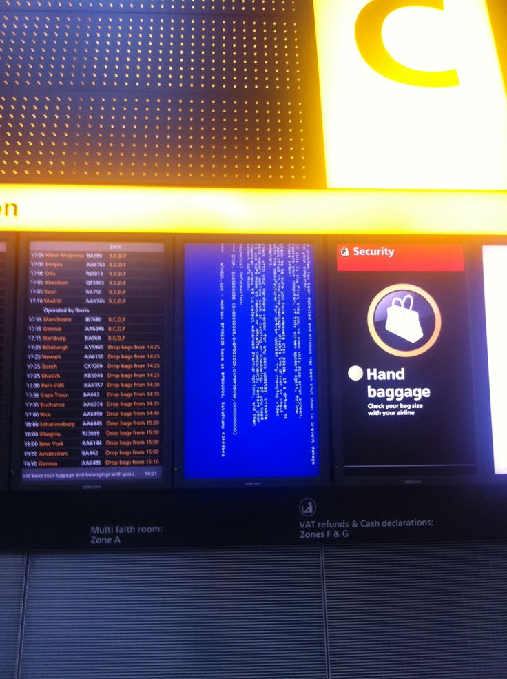 Fridays screen of death at #LHR
