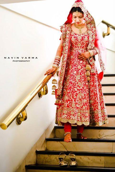 Lehenga gold zari zardozi indian weddings bride bridal wear www.weddingstoryz.com details red anarkali