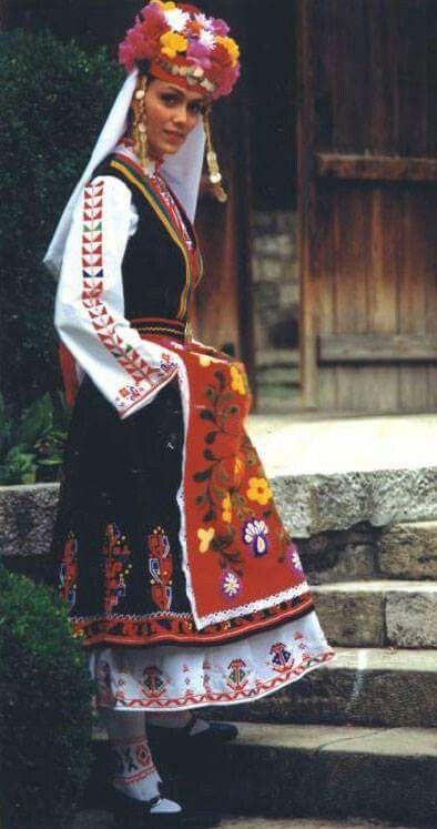 Bulgaria | The Bulgarian national costume | Болгария | Болгарка в национальном костюме  |  [S♥]