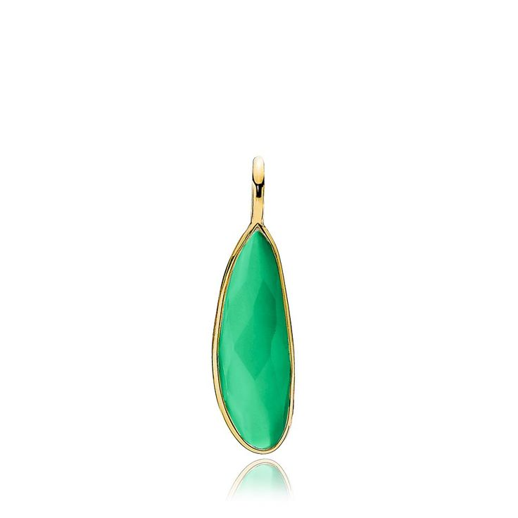 PRECIOUS pendant with a beautiful green onyx. The pendant is made of shiny gold plated sterling silver – Danish design jewelry by Izabel Camille. Price: EUR 37 No. A5212gs-green onyx  www.izabelcamille.com