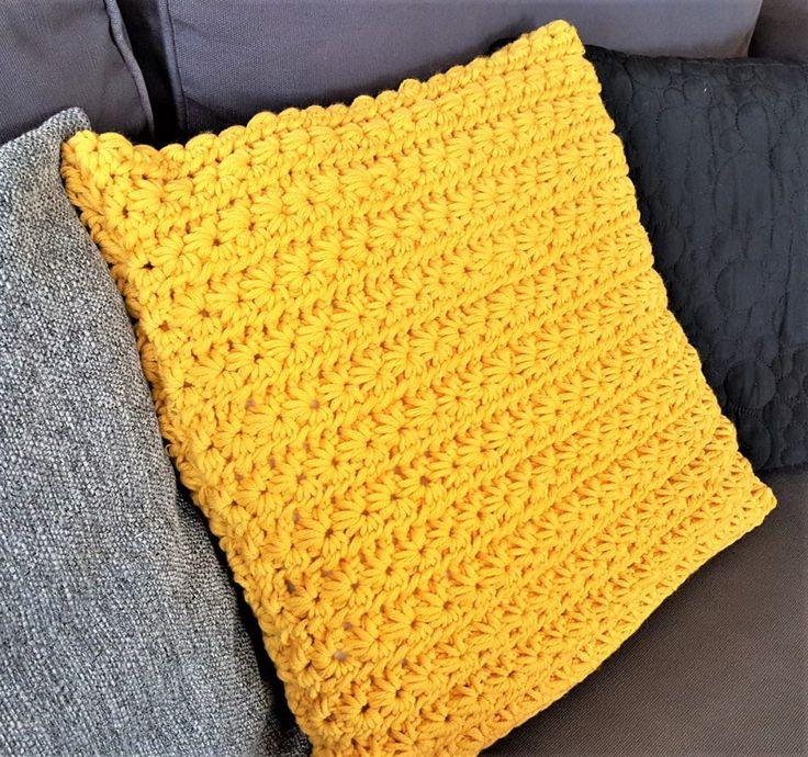 coussin, crochet, jaune moutarde, laine, laine vierge, hook, mustard yellow