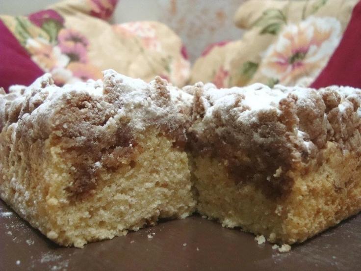 Classic Crumb Cake - The Bake Bits