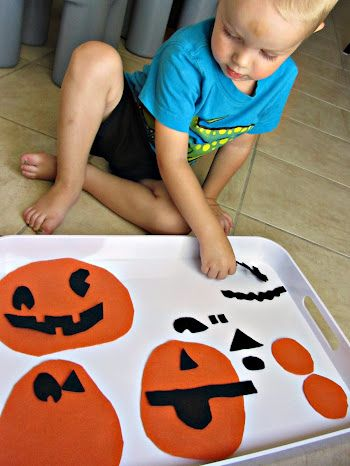 Easy Halloween Activity: Felt Jack-o-Lantern Puzzles